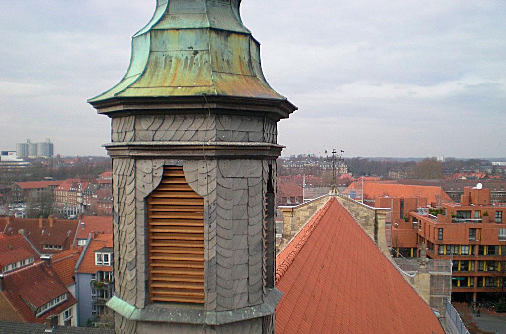 2007 | Dachsanierung an einer Kirche
